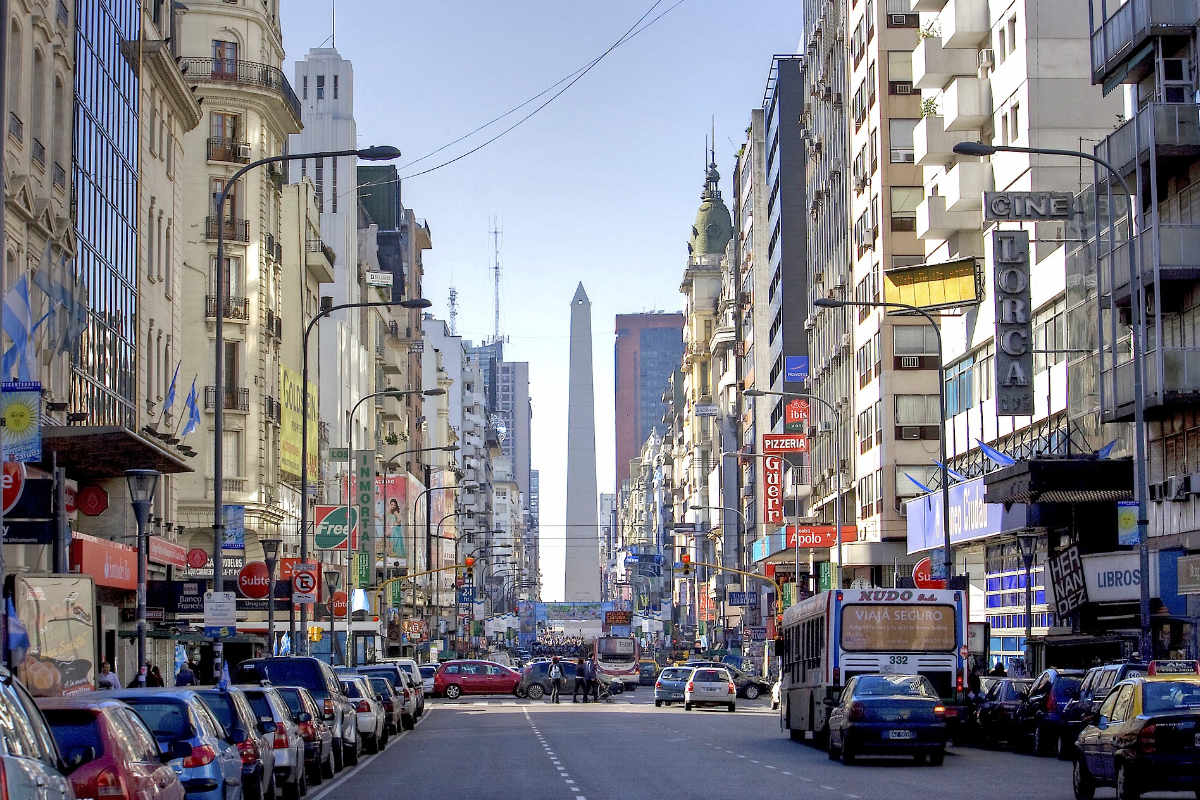 Co-operatives in Buenos Aires, Fenwick and Rochdale 1